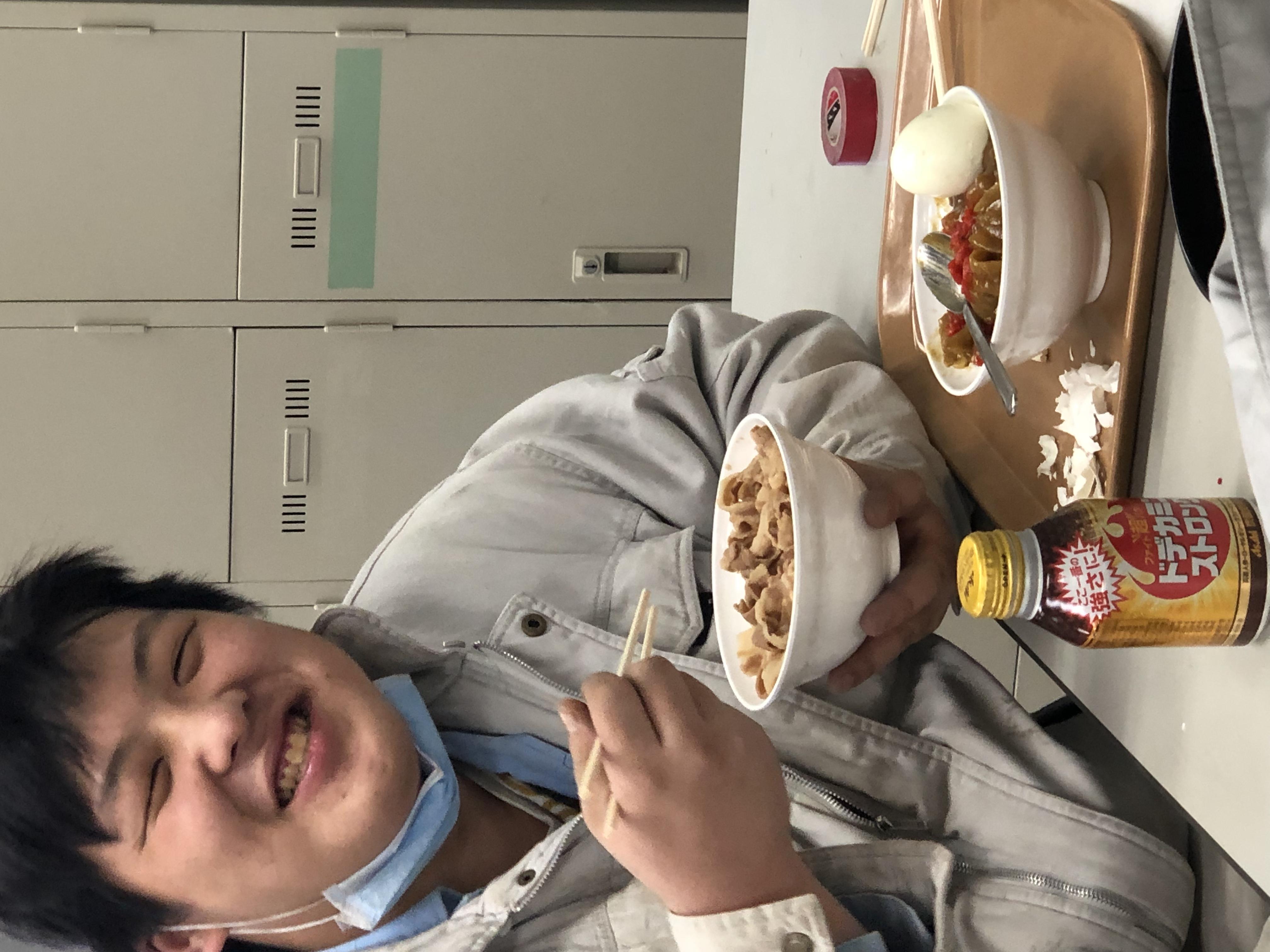 まさきの昼メシ 豚丼とカレーライス